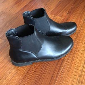 Black flat ankle booties